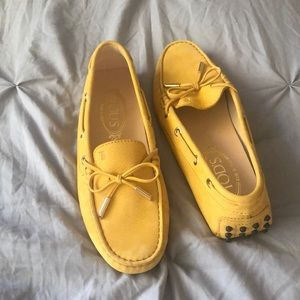 Tod's yellow driving shoes